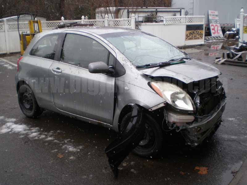 Parting Out 2008 Toyota Yaris 2Dr Hatchback L-67
