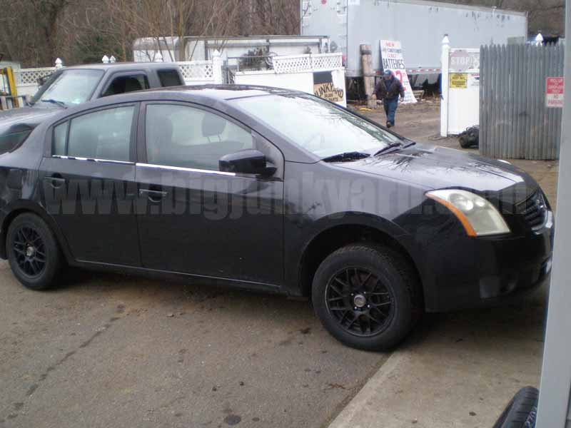 Parting Out 2007 Nissan Sentra Sedan M-1