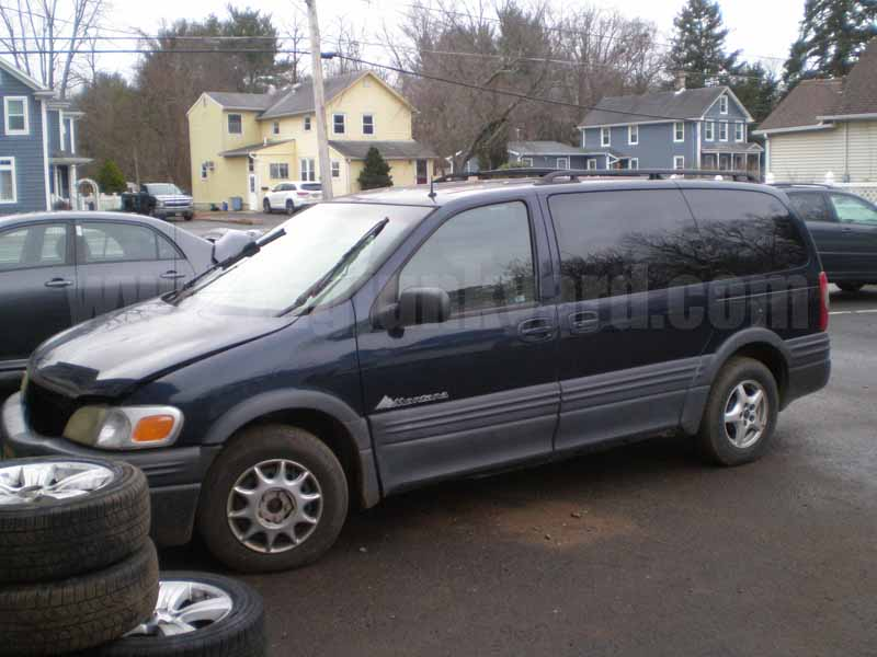 Parting Out 2002 Pontiac Montana FWD Extended Van M-12