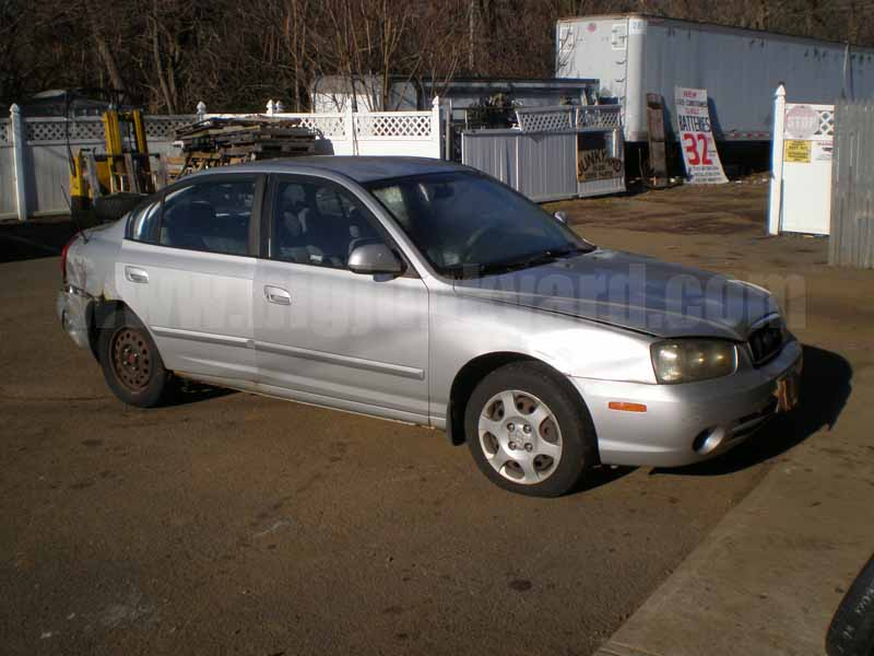Parting Out 2002 Hyundai Elantra GLS Sedan M-7