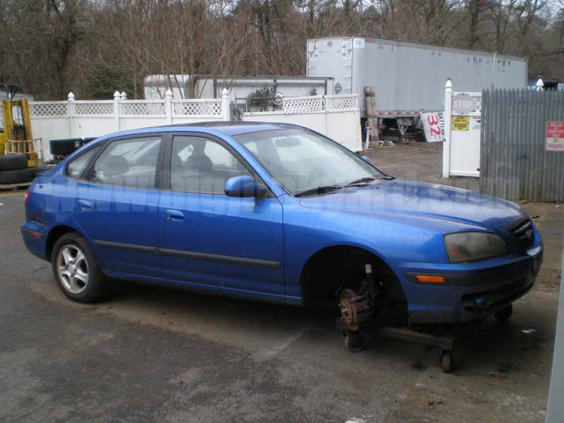 Parting Out 2004 Hyundai Elantra GT Hatchback M-22