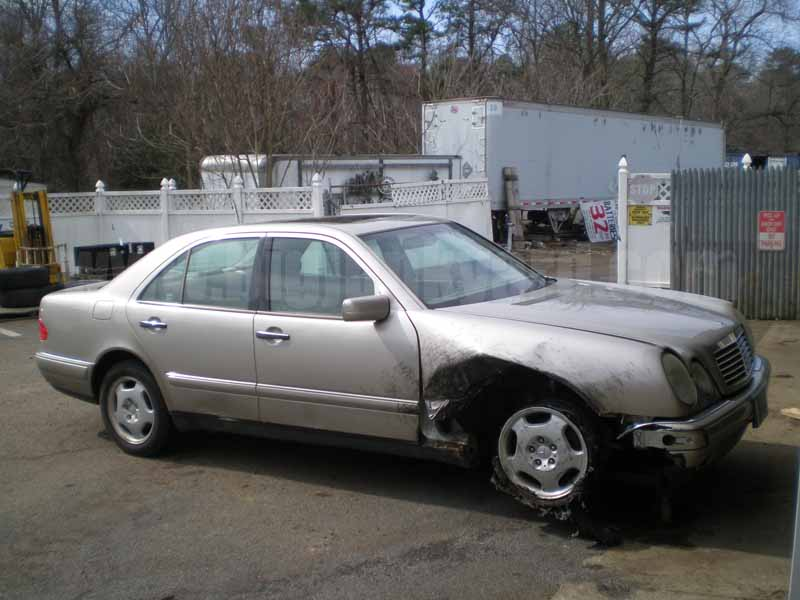 Parting Out 1999 Mercedes E430 RWD Sedan M-20
