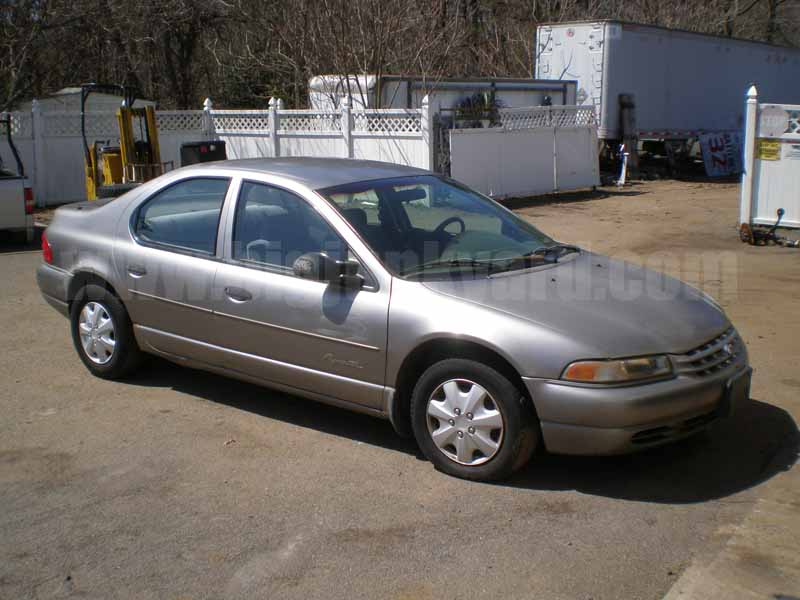Parting Out 1999 Plymouth Breeze Sedan M-26