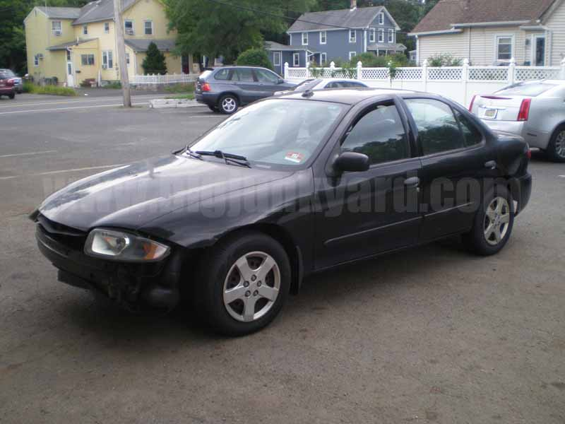 Parting Out 2005 Chevy Cavalier LS Sedan M-33