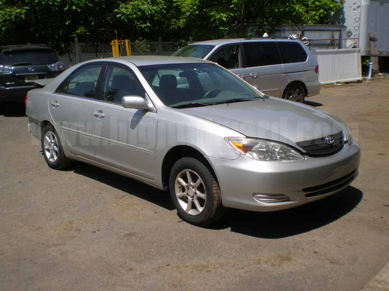 Parting Out 2003 Toyota Camry LE Sedan M-30