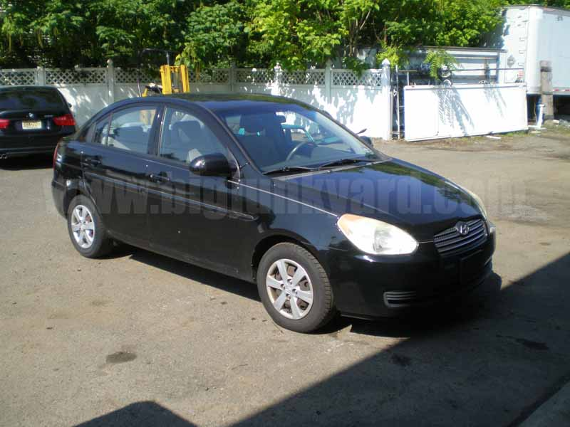 Parting Out 2008 Hyundai Accent GLS Sedan M-47