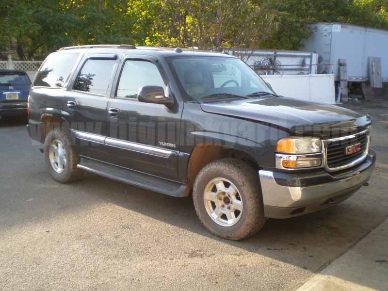 Parting Out 2005 GMC Yukon SLT 4Dr 4WD M-50