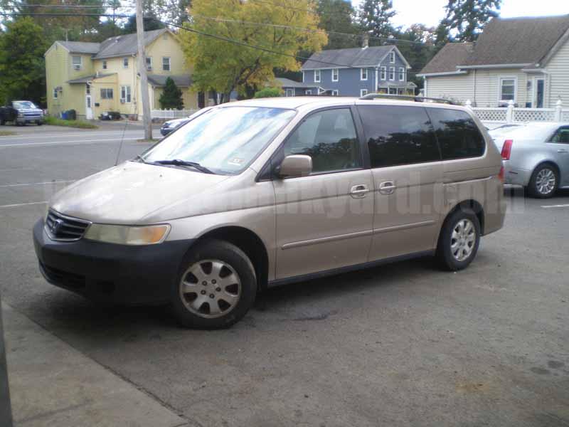 Parting Out 2002 Honda Odyssey EX-L DVD Van M-51
