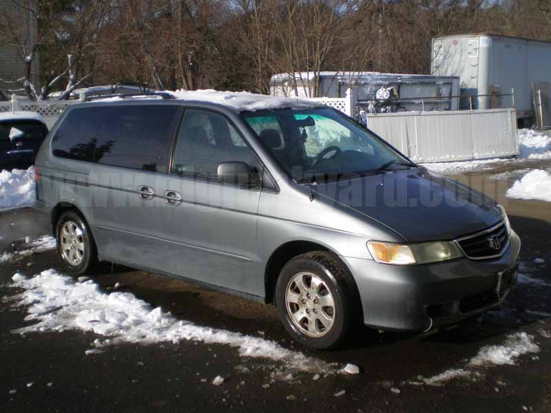 Parting Out 2002 Honda Odyssey EX Van M-57