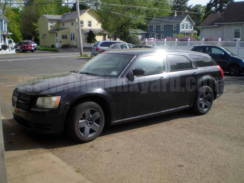 Parting Out 2008 Dodge Magnum RWD Wagon N-17