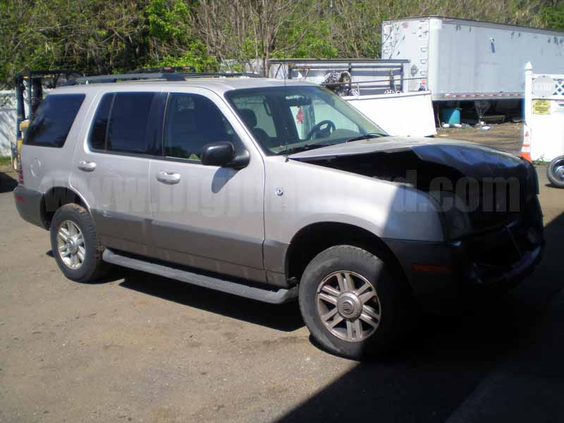 Parting Out 2004 Mercury Mountaineer V6 4WD N-15