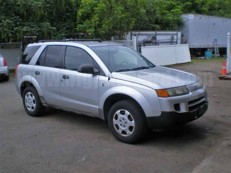 Parting Out 2004 Saturn Vue AWD N-35