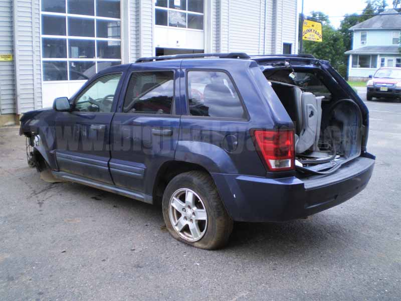Parting Out 2005 Jeep Grand Cherokee Laredo 4×4 N-37