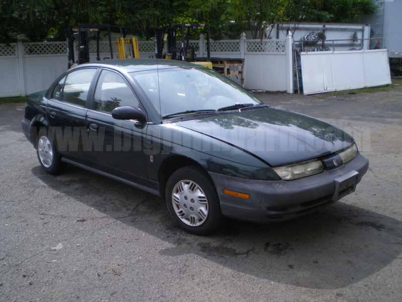 Parting Out 1998 Saturn S-Series Sedan N-43