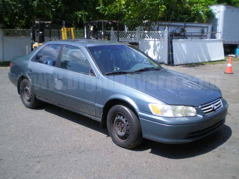 Parting Out 2000 Toyota Camry LE FWD N-39